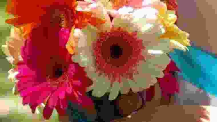 Buquê floral de gerberas.jpg