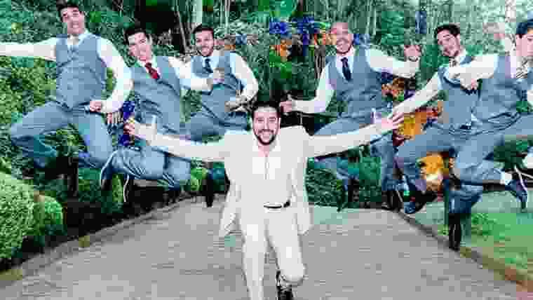 fotos do noivo com os padrinhos de casamento